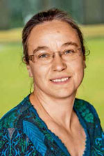 Dr. Patricia König